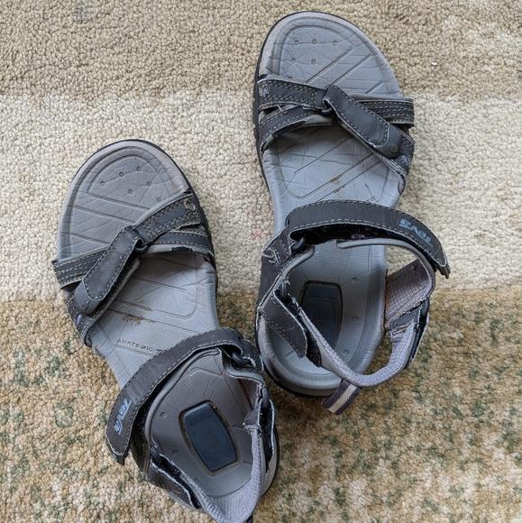 Used Teva Sandals